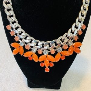 Gorgeous Crystal Fashion Necklace & Earrings.